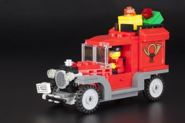 LEGO traditional post car with gifts