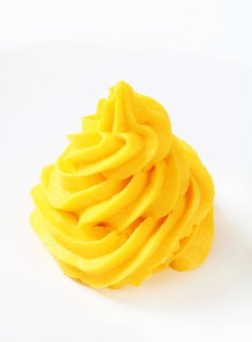 Swirl of yellow cream