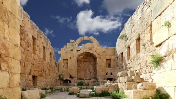römische Ruinen in der jordanischen Stadt jerash (Gerasa der Antike), Hauptstadt und größte Stadt des jerash Gouvernements, Jordanien