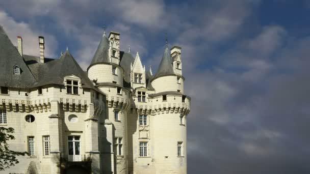 Ussé hrad, údolí Loiry, Francie – také známý jako spící Růženka zámku