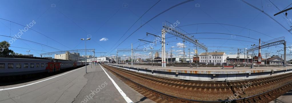 контур панорамное фото курского вокзала высоких