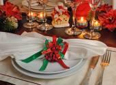 Fotografie Festliches Weihnachts-Tischdekoration