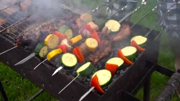 Grill grillezés kívül