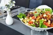 čerstvé a chutné salát