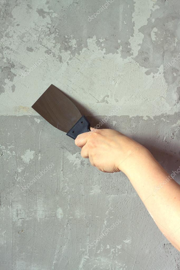 Spachtelmasse Für Betonwände s mit einer spachtel putze betonwand stockfoto idymax