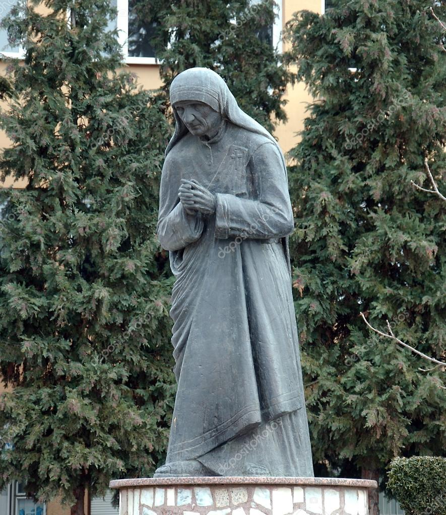 Statue of Mother Teresa in Struga,Macedonia
