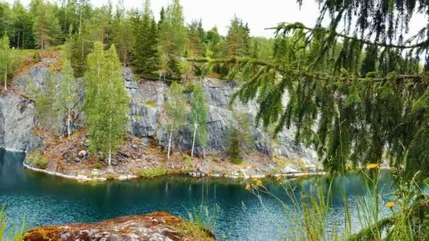 Márvány kanyon Ruskeala Karelia, Oroszország