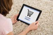 Fotografie žena online nakupování