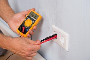 Hands Metering Socket Voltage