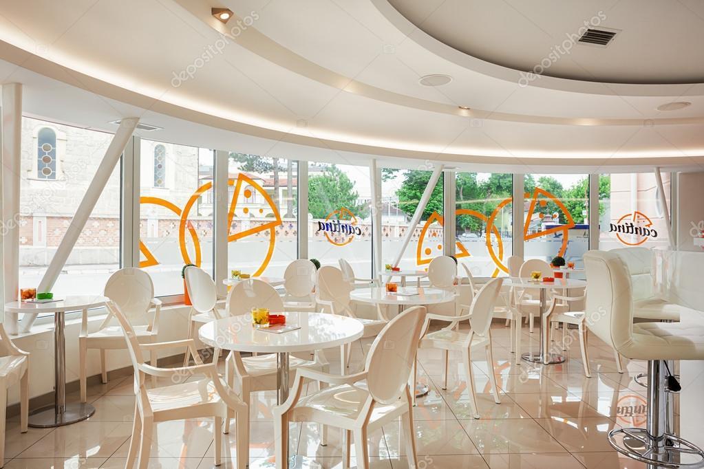 moderne café-interieur — Stockfoto © krsmanovic #114085394