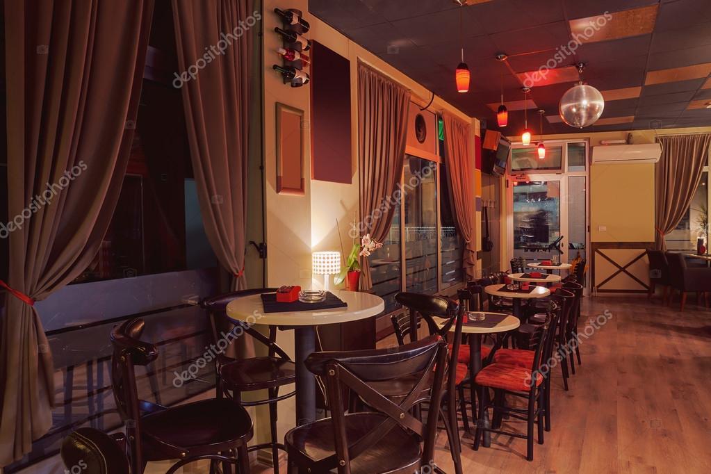 Café Retro-Innenarchitektur — Stockfoto © krsmanovic #86128990