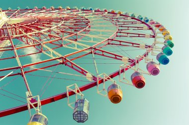 Big ferris wheel in amusement park
