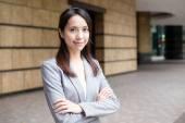 fiatal ázsiai üzletasszony üzleti öltöny