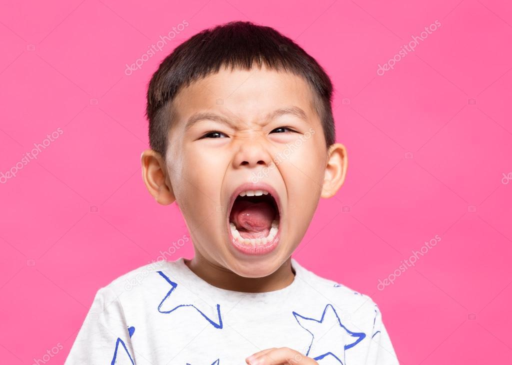 asian little boy screaming stock photo leungchopan 120576392