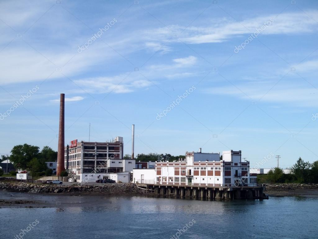 PORTLAND, MAINE - MAY 27 2010: B & M Baked Beans Factory opened in 1913 on Casco Bay, also in Portland. The B&M facility is seen by thousands of motorists ...