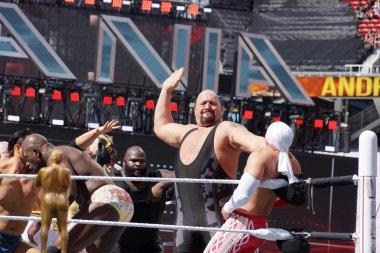 WWE Wrestler Big Show sets to slap chest of Los Matadores