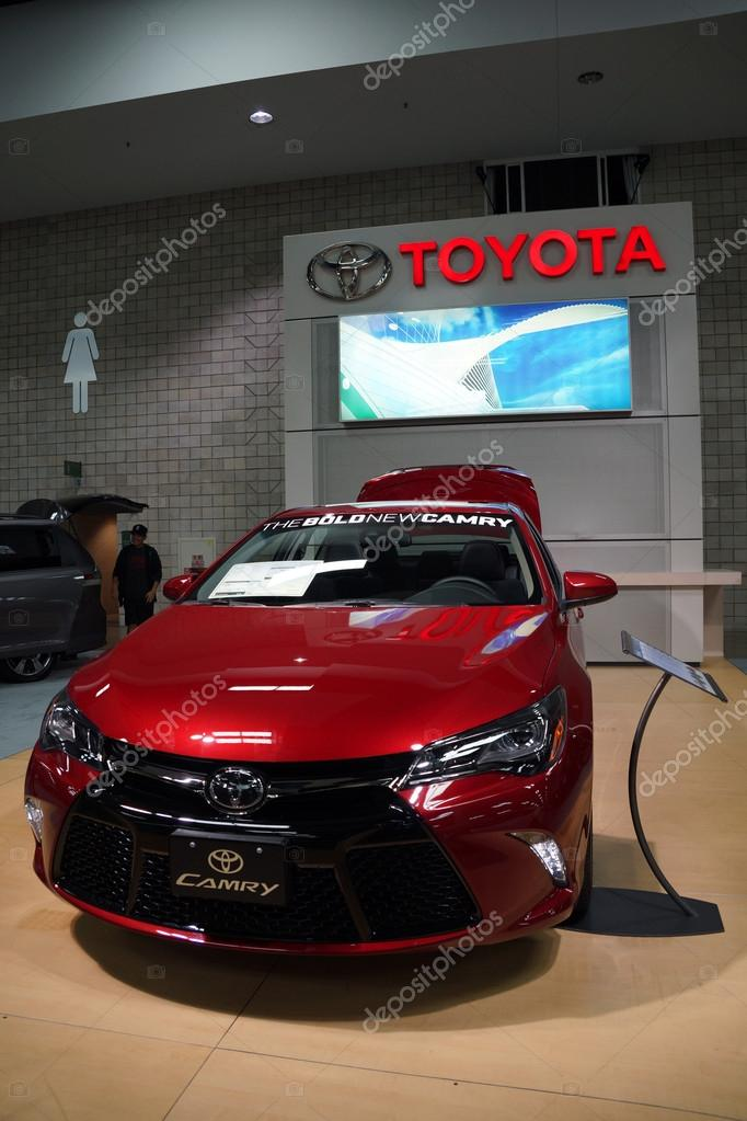 Toyota Dealership Oahu >> The Bold New Toyota Camry Car On Display Stock Editorial