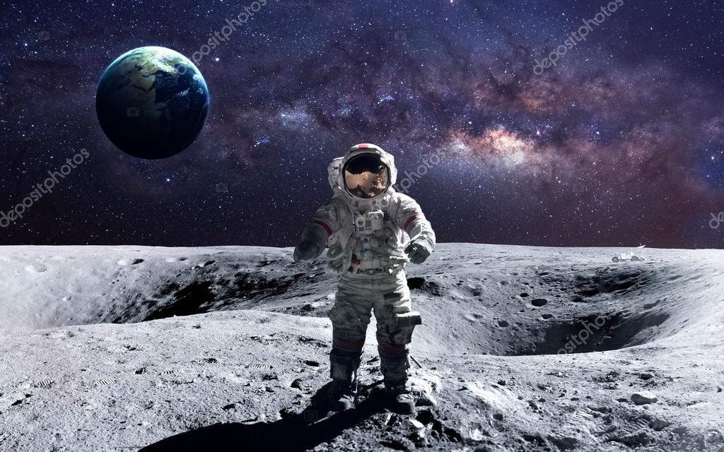 astronaut on the moon pictures - HD 2000×1250