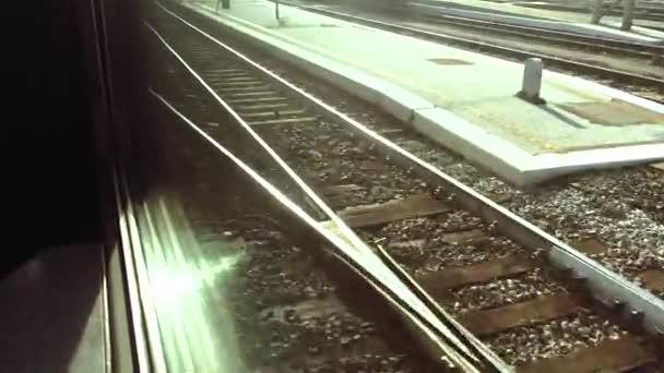 train arrival platform
