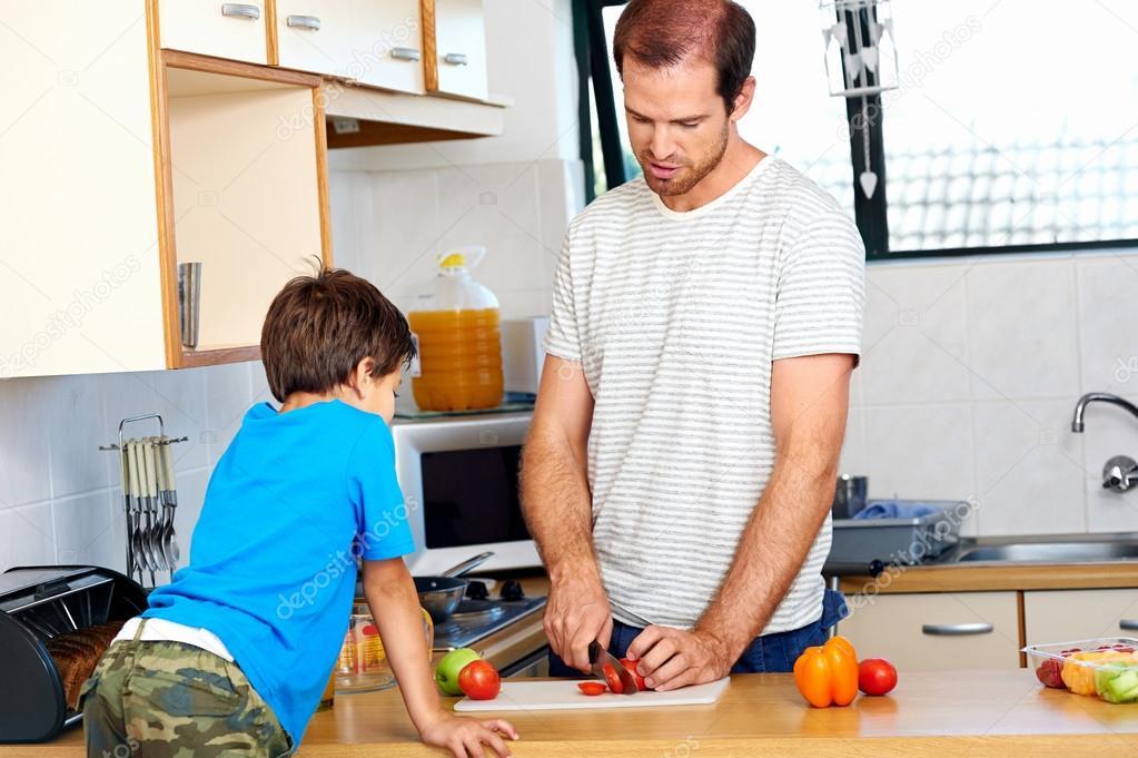 кухне отец на
