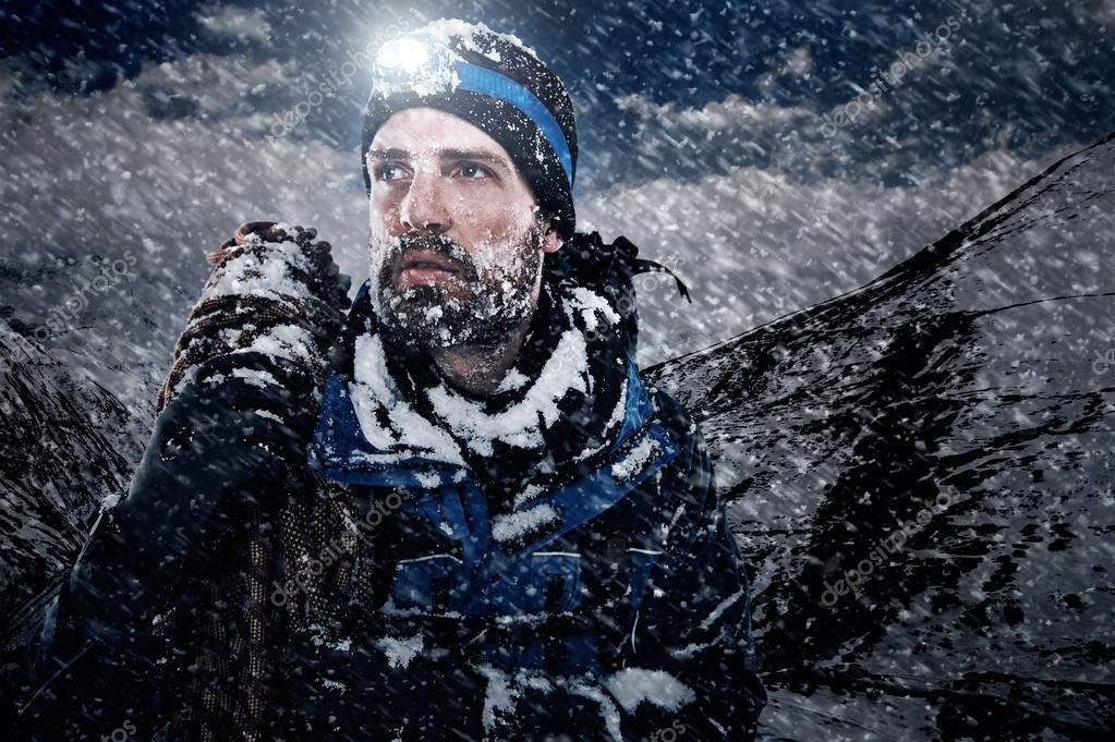 single men in snow camp Outdoorgearlab provides the world's best reviews of outdoors gear — hands-on, objective, and based on side-by-side comparison — written by outdoor professionals.