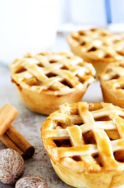 rustic pies with fruit filling