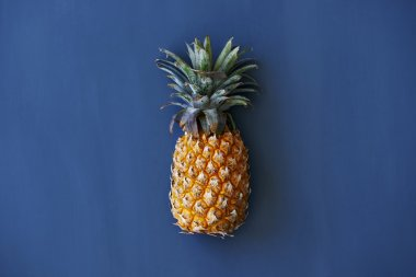 Whole one pineapple