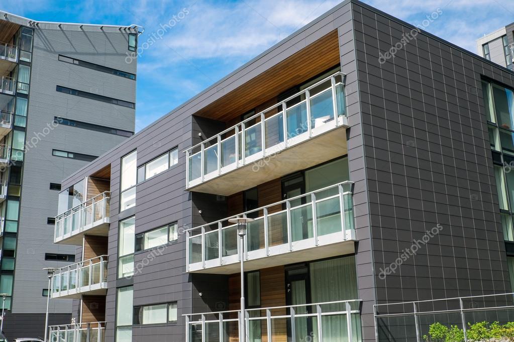 Moderni edifici residenziali foto stock elxeneize for Piani di costruzione di edifici residenziali in metallo