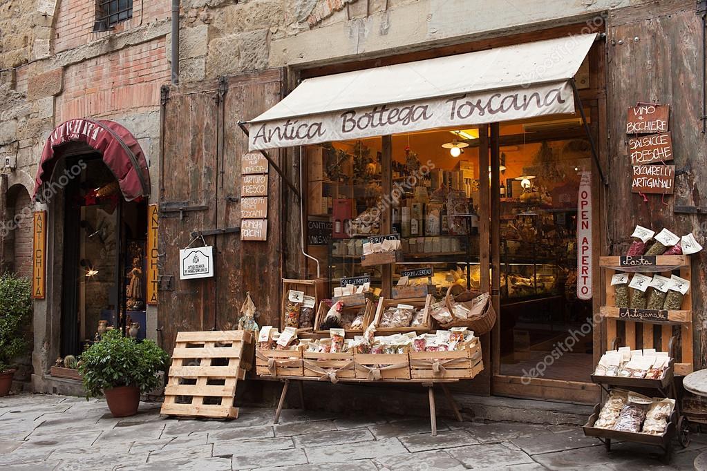 Antica bottega toscana arezzo it lia fotografia de stock for Aziende arredamento toscana