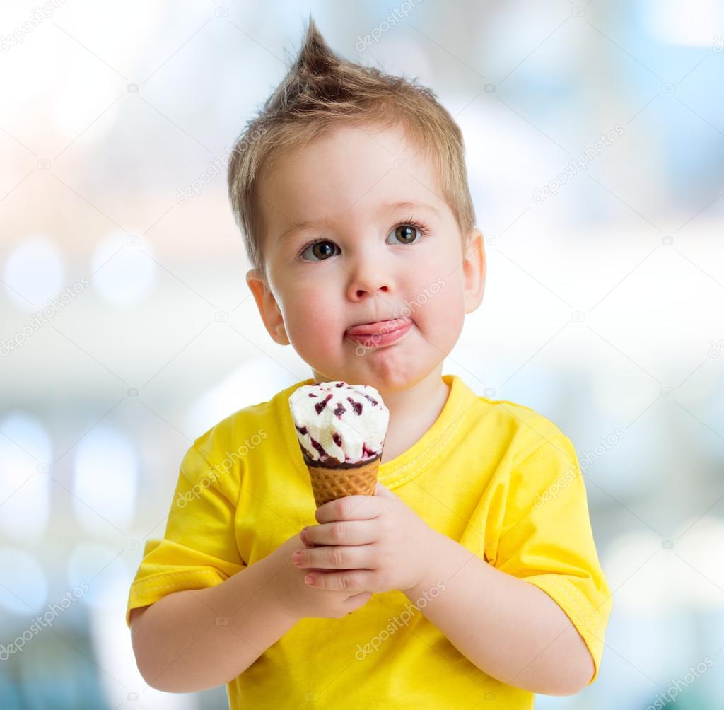 kid eating ice cream