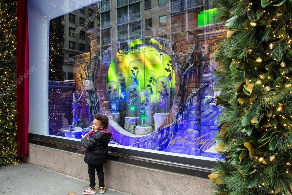 Lord & Taylor Christmas Windows – Stock