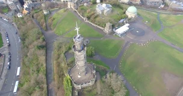 Anténa: Nelsonův pomník na Calton Hill v Edinburghu, Skotsko
