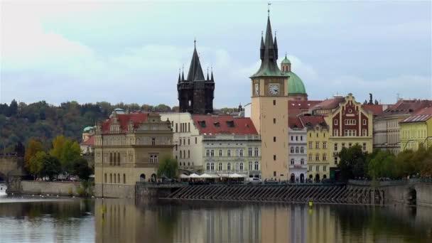 Staré Město na Vltavě. Staré Město Praha na břehu Vltavy, Česká republika.