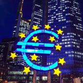 symbol měny euro. Evropská centrální banka (ecb)