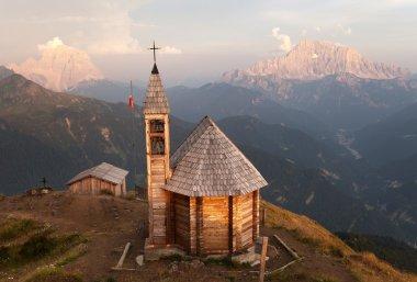 mount Col DI Lana Monte Pelmo and mount Civetta