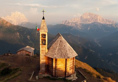 Col DI Lana with chapel, Monte Pelmo and mount Civetta
