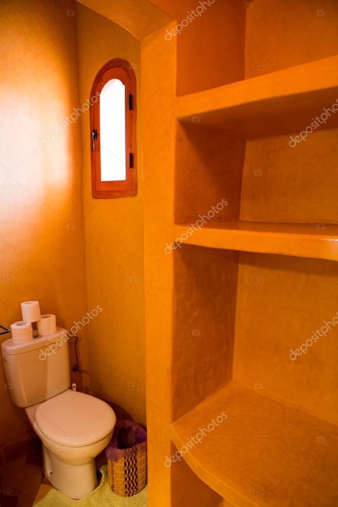 klassische marokkanische Badezimmer — Stockfoto © piccaya #54830707