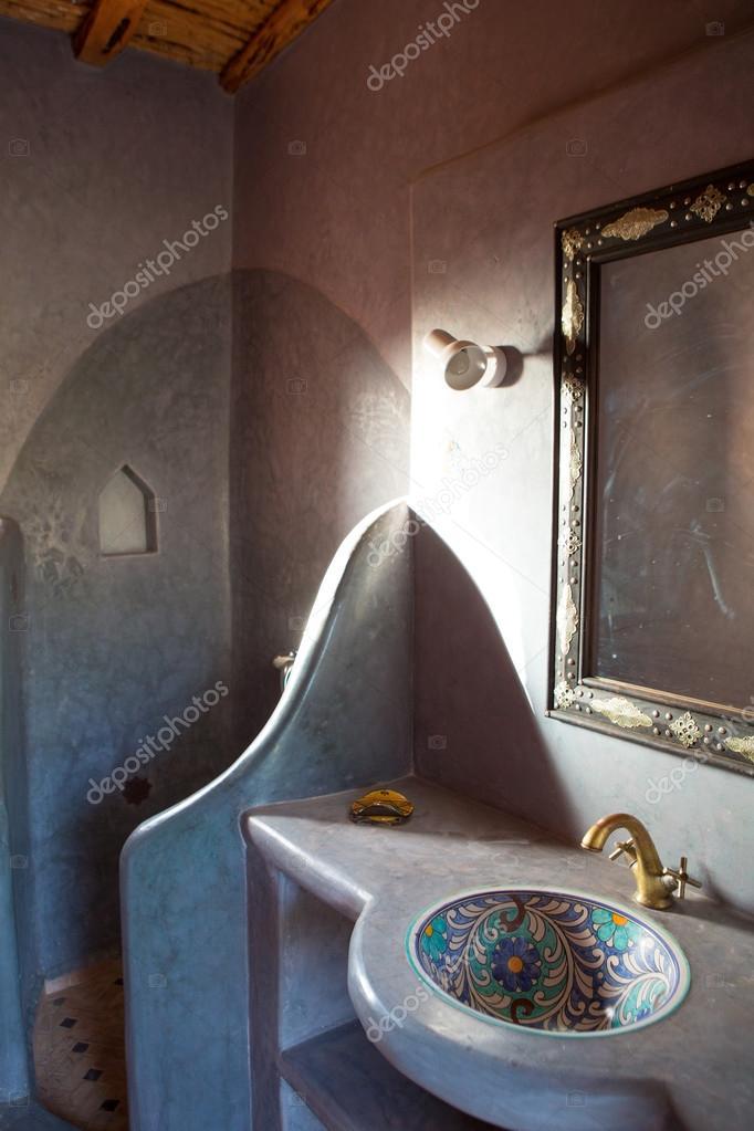 klassieke Marokkaanse badkamer — Stockfoto © piccaya #54831057