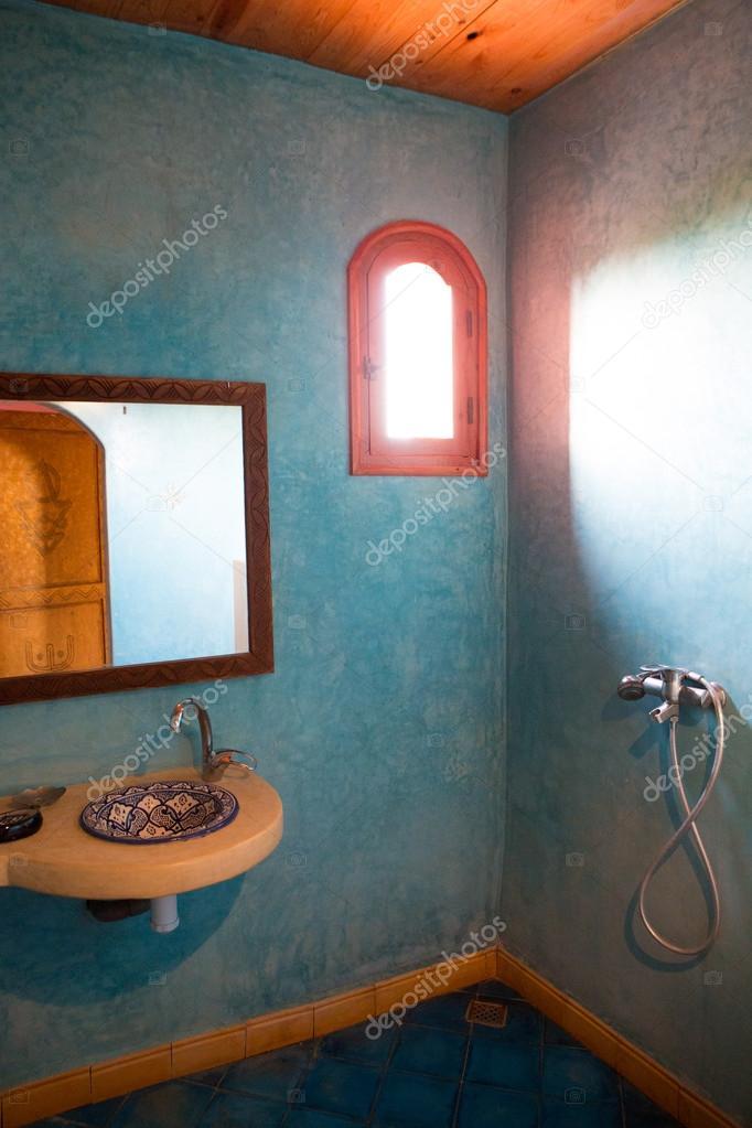 klassieke Marokkaanse badkamer — Stockfoto © piccaya #54832653