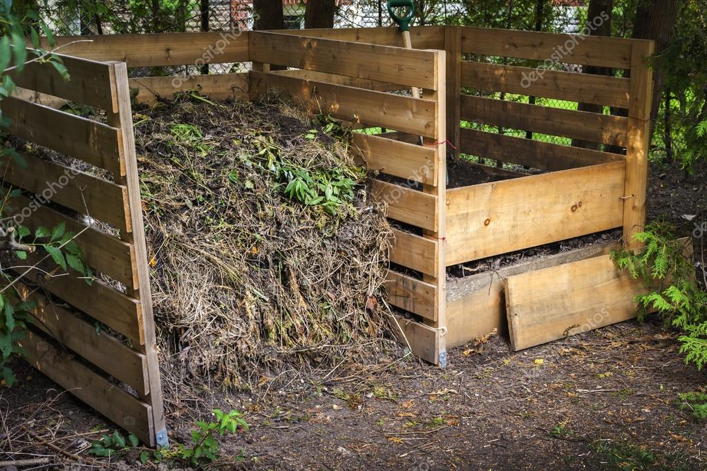 Backyard compost bins — Stock Photo - Backyard Compost Bins — Stock Photo © Elenathewise #63256471