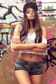 Fényképek városi stílusú lány