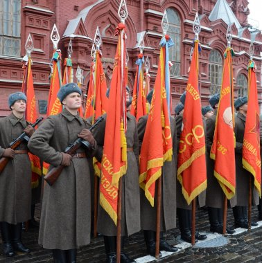 Russian soldiers in the form of the Great Patriotic War at the parade on Red Square in Moscow.