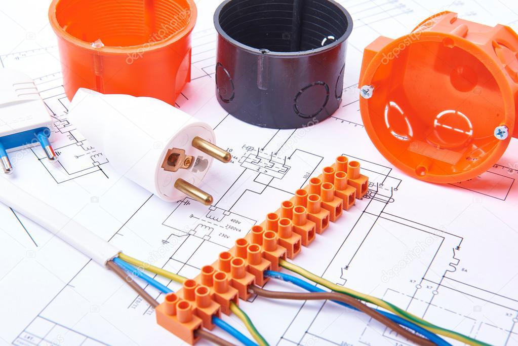 Elektrische Steckverbinder mit Drähten, Anschlusskasten und ...
