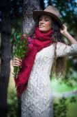 Fotografia moda nella foresta