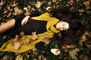 woman autumn beauty