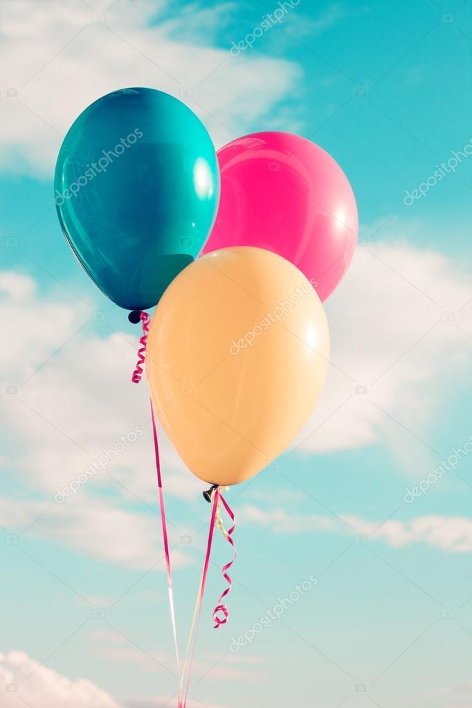 balloons at sky