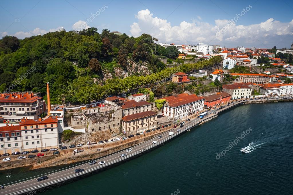 Vue a rienne de ville de porto portugal photographie for Piscine a porto portugal
