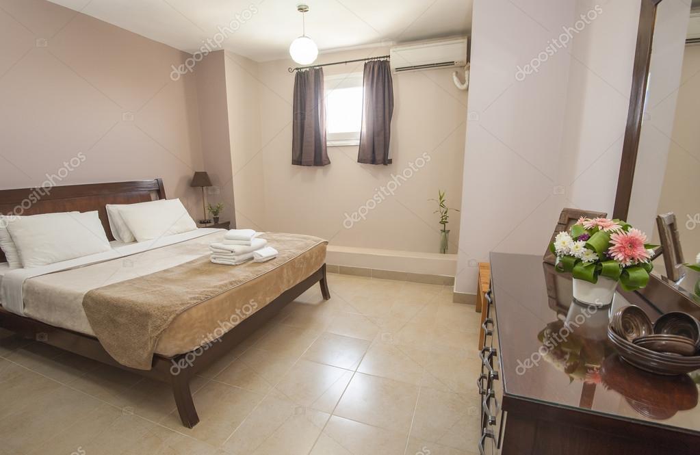 Fabulous arredamento camera da letto di lusso u foto stock for Arredamento stock
