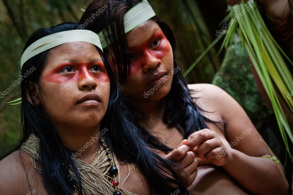 kak-indeytsi-trahayutsya-v-plemenah