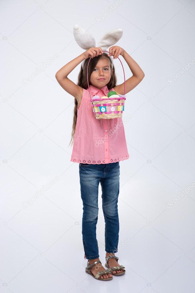 Ебут маленькую девочку бесплатно